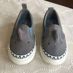 Toddler shark slip on shoes